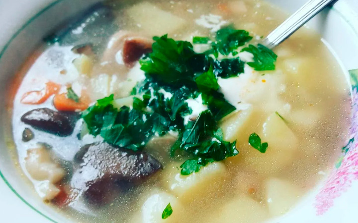 Суп с грибами белянками
