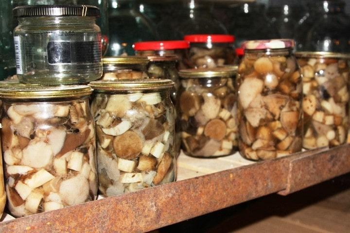 хранение грибов в погребе