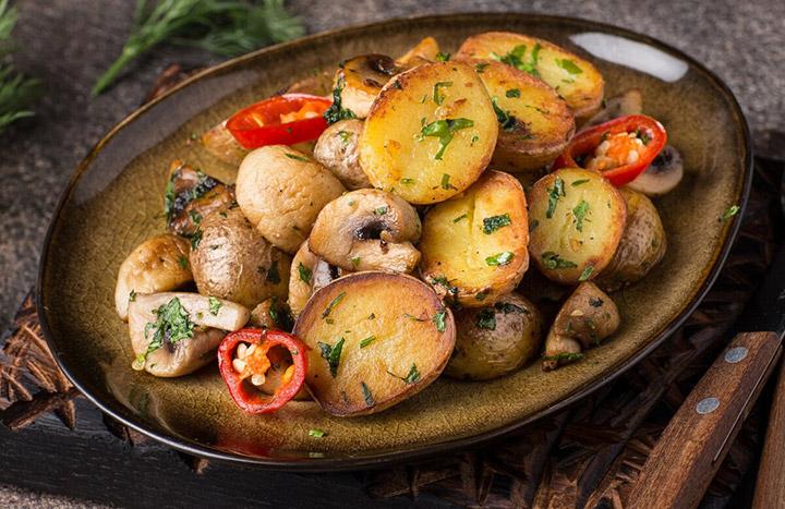 Картошка с грибным ассорти