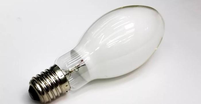 Ртутная лампа фото