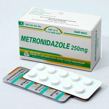 Как применять метронидазол для бройлеров и кур несушек
