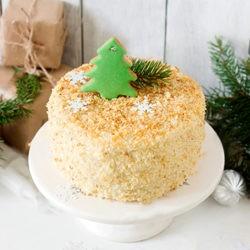 фотоКак украсить торт Наполеон на Новый Год