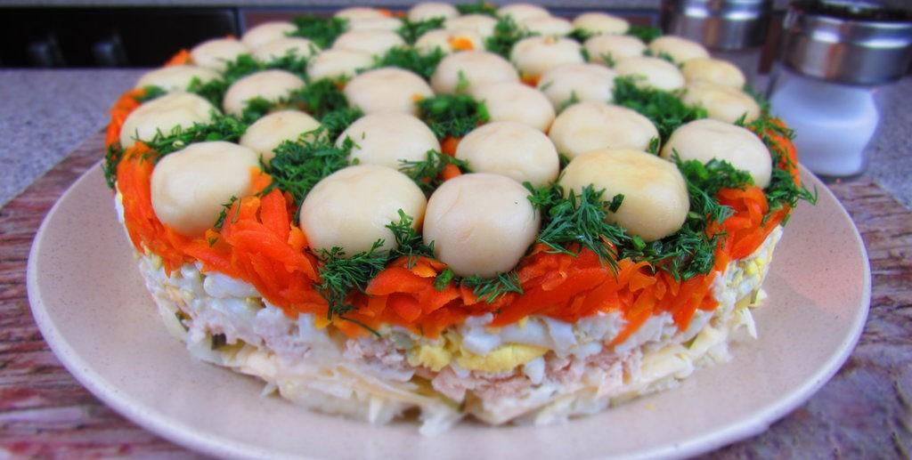 Салат с грибами и ветчиной фото