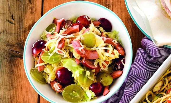 Салат с квашеной капустой и свининой фото