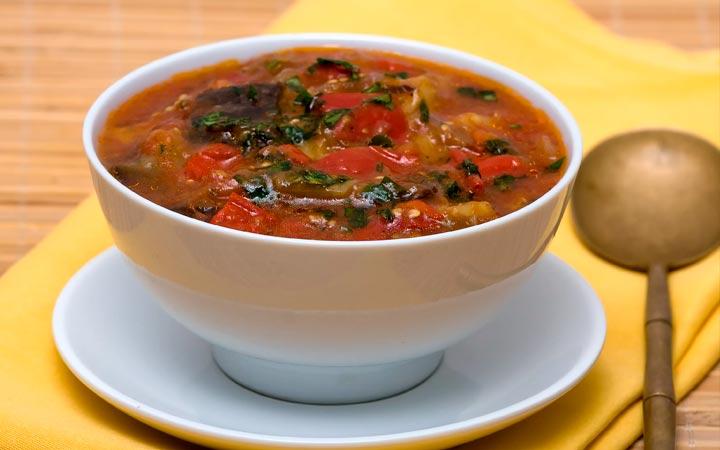 суп из белых грибов и баклажан